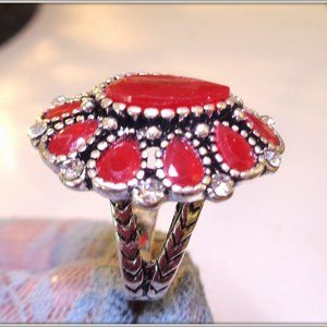 Vintage Bohemia Lady Rings Ancient Red Resinl Ston